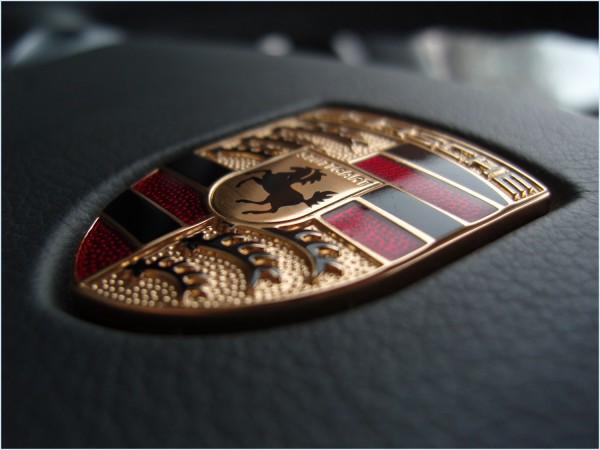 La couleur du Porsche Logo