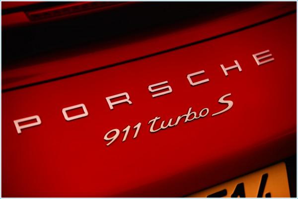 Les logo Porsche 911 S