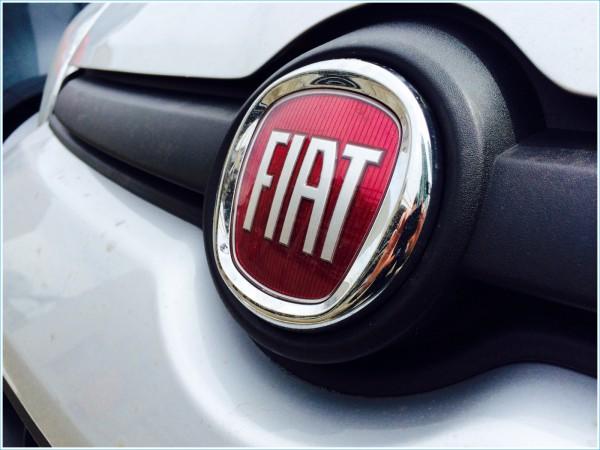 La couleur du symbole Fiat