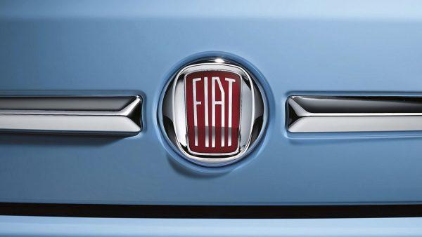 Logo avant Fiat 500