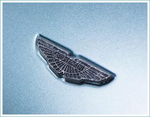 le logo Aston Martin
